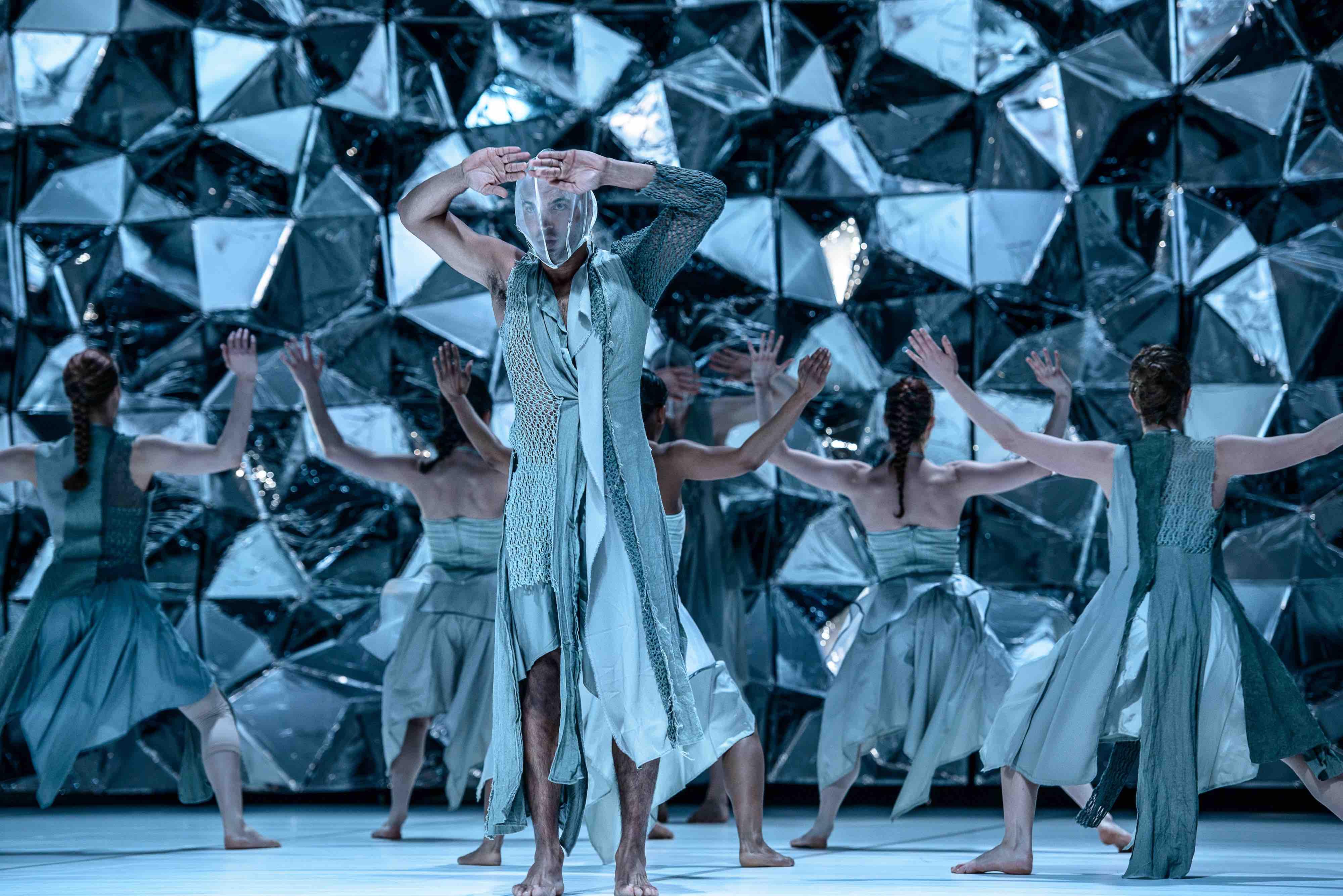 nettiin, Dansk Danseteater - Black Diamond - Foto Soren Meisner -3755